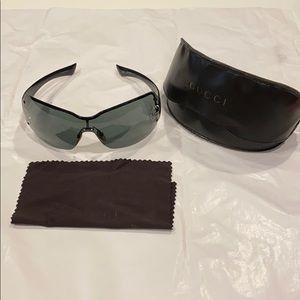 Authentic Gucci Sunglasses GG 1825/S/Strauss- blk